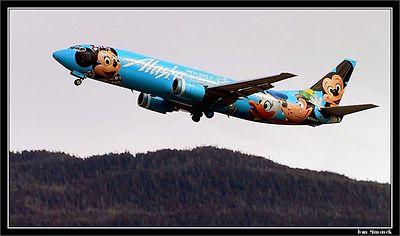 """A FLYING DISNEYLAND"", Alaska airlines Boeing 737-400 taking off from Wrangell, Alaska,USA.-----""LETAJICI DISNEYLAND"",Boeing 737-400 aljasskych aerolinek startujici z Wrangellu, Aljaska,USA."