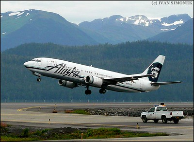 """LEAVING WRANGELL"",Alaska Airlines Boeing 737-400,Alaska,USA."