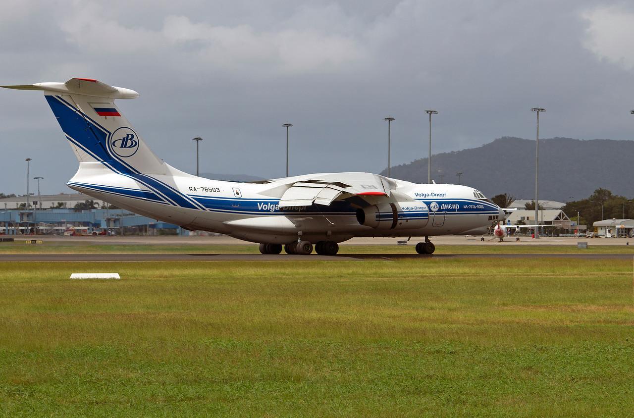 RA-76503 VOLGA-DNEPR IL-76