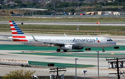 N122NN AMERICAN A321