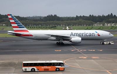 N781AN AMERICAN B777-200
