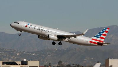 N127AA AMERICAN A321