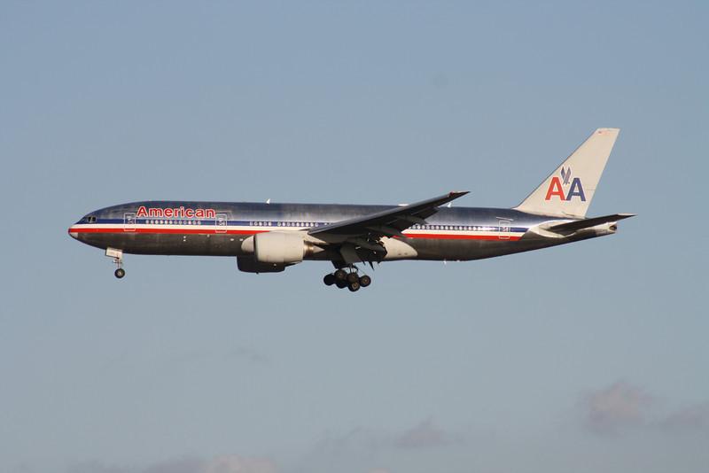 N771AN AMERICAN AIRLINES 777-200