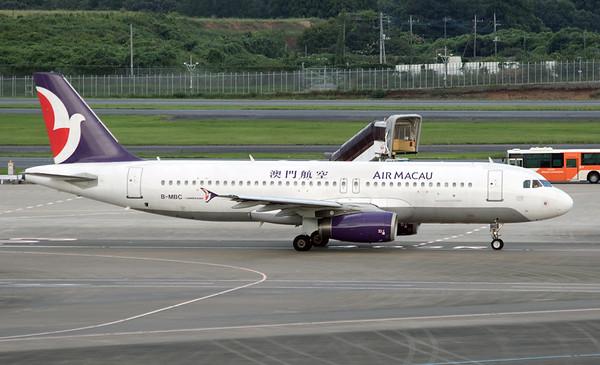 B-MBC AIR MACAU A320