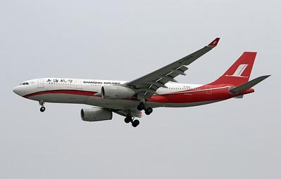 B-5931 SHANGHAI AIRLINES A330-200