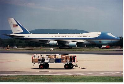 28000 USAF 747-200 (AIR FORCE ONE)