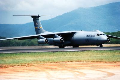 6049 USAF LOCKHED C141 STARLIFTER