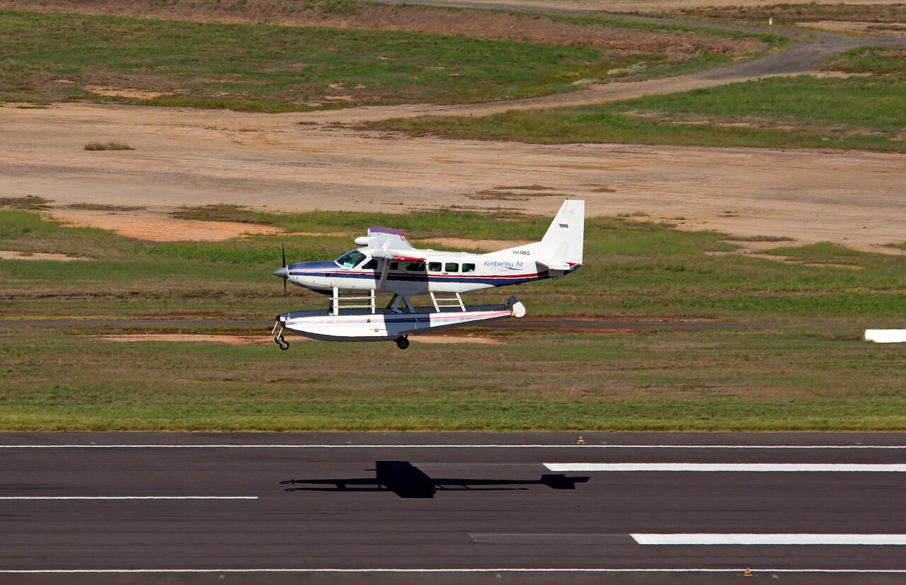 VH-MBQ KIMBERLEY AIR CESSNA-208