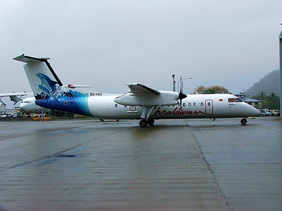 8Q-IAO AIR MALDIVIAN DASH-8-300