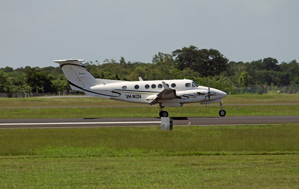 VH-WZN FLIGHTECH KING AIR-200