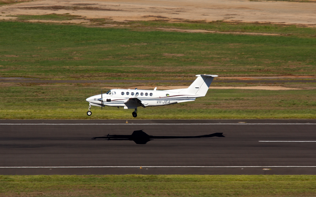 VH-JEA KING AIR