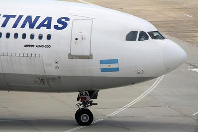 Aerolineas Argentinas Airbus A340-211 LV-ZRA