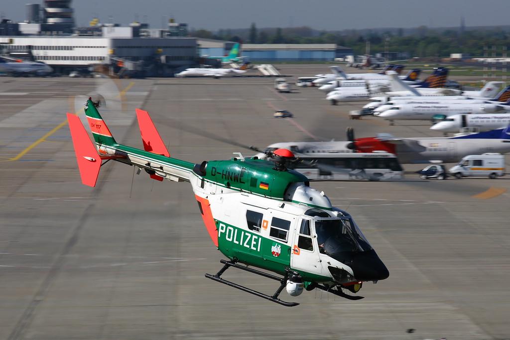 IMAGE: https://photos.smugmug.com/Airplanes/Air-Ambulances/i-MPm3s2Z/0/04917725/XL/police%20heki%20duss-XL.jpg