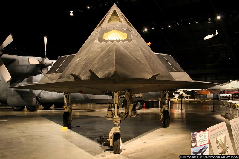 http://www.moose135photography.com/Airplanes/Air-Museums/USAF-Museum/i-Vn4bTJw/0/L/JM_2007_11_13_USAF_Museum_006-L.jpg