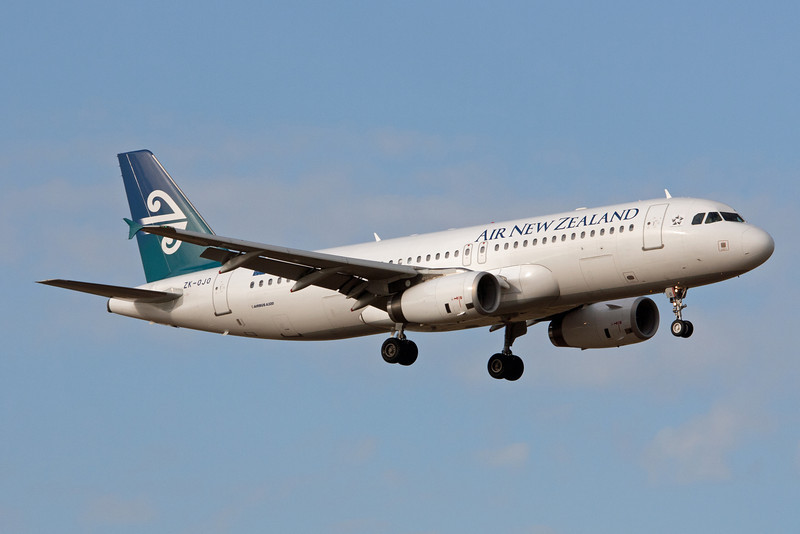 Air New Zealand Airbus A320-232 ZK-OJO