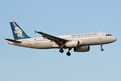 Air New Zealand Airbus A320-232 ZK-OJC