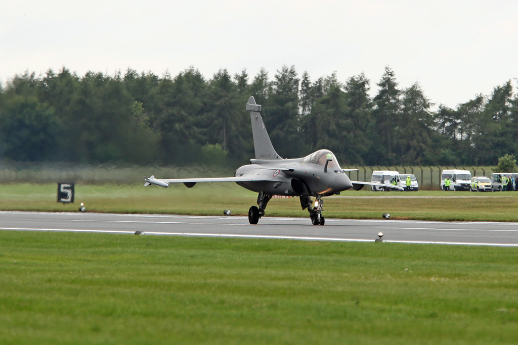 135-113-GN Dassault Rafale C (RAF Fairford) French Air Force [7]