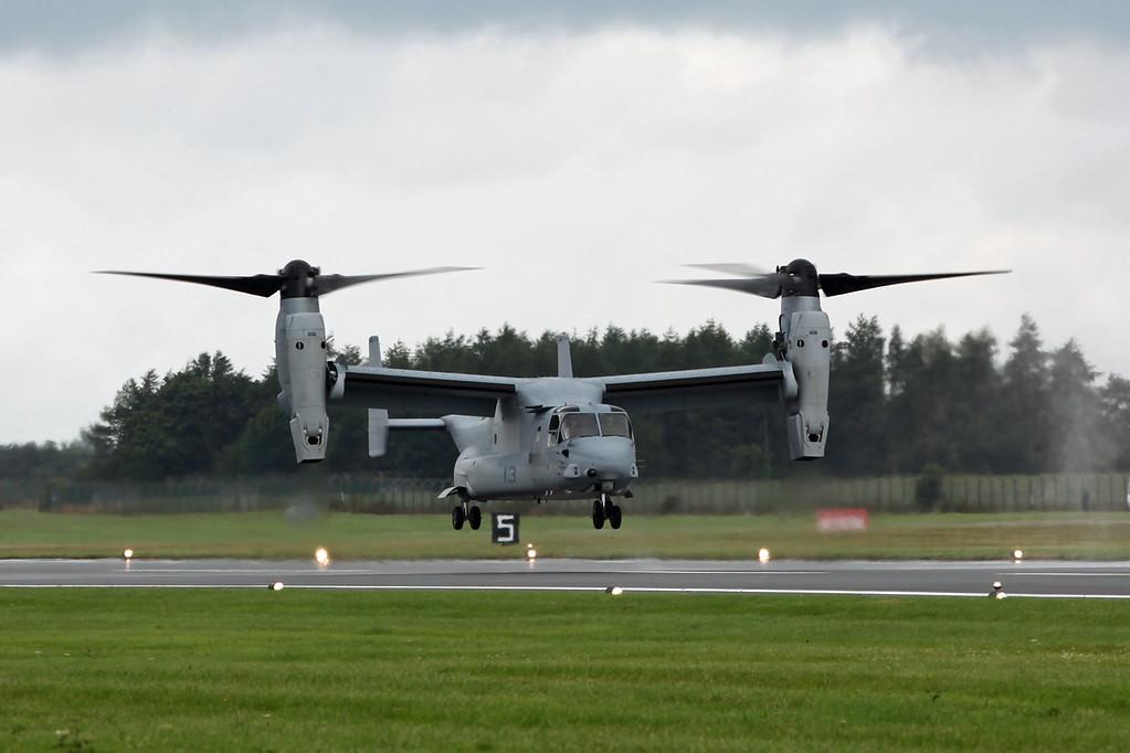 8225-13 Bell Boeing MV-22B 'Osprey' (RAF Fairford) USMC [2]