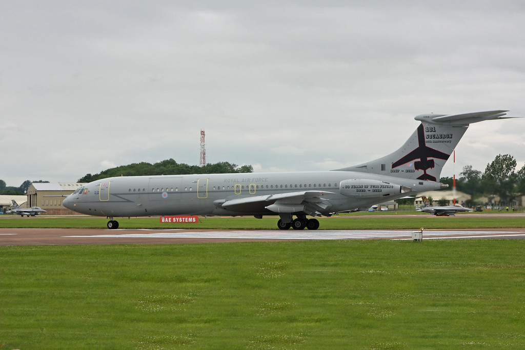 XR808 Vickers VC-10 C1K (RAF Fairford) Royal Air Force (Special paint scheme - 101 squadron 50 years of flying the VC10)