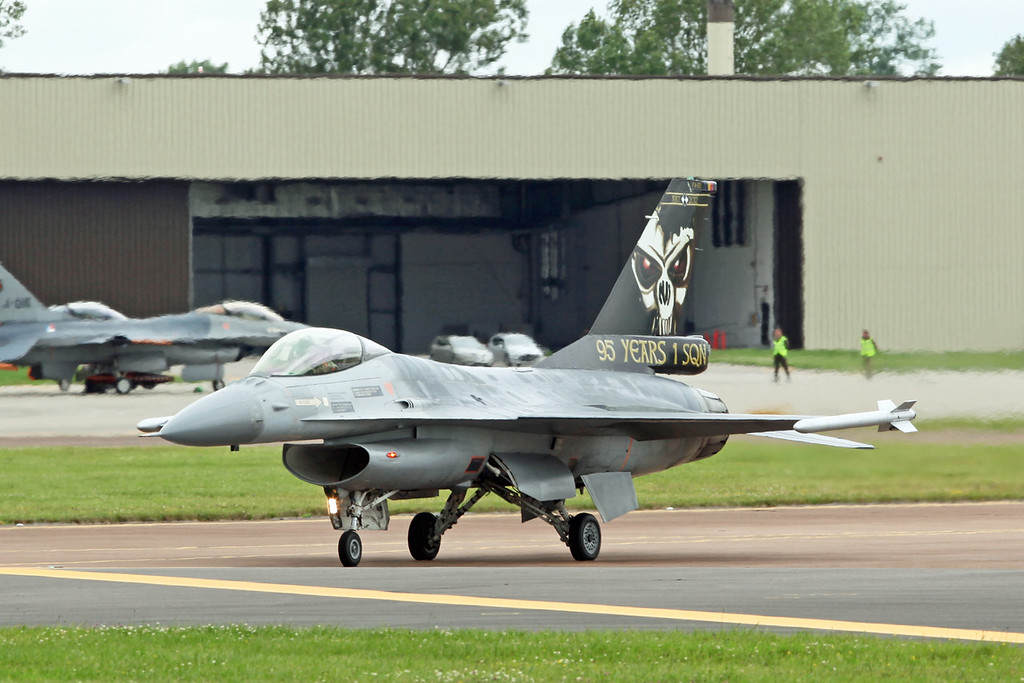 FA-121 McDonnell Douglas F16AM 'Fighting Falcon' (RAF Fairford) Belgian Air Component 2 wing