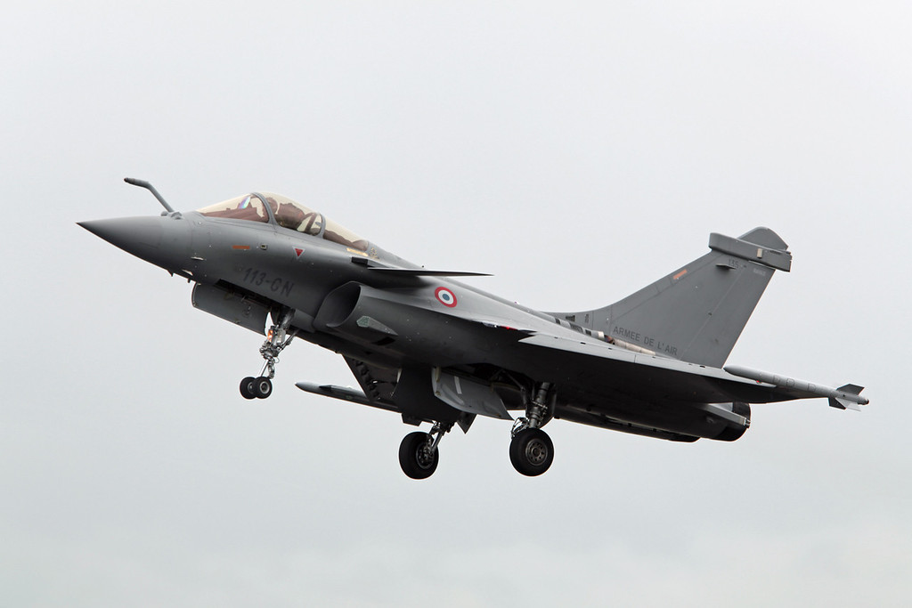 135-113-GN Dassault Rafale C (RAF Fairford) French Air Force [3]