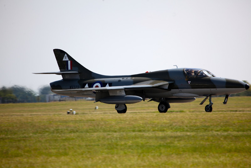WV372 (G-BXFI) Hunter T7 (Waddington Airshow 2011)