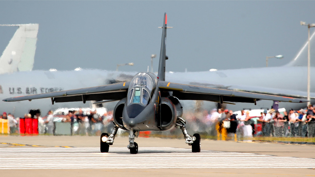E75 / 705-AE, Dornier Alpha Jet E, French Air Force (Waddington Airshow 2011)