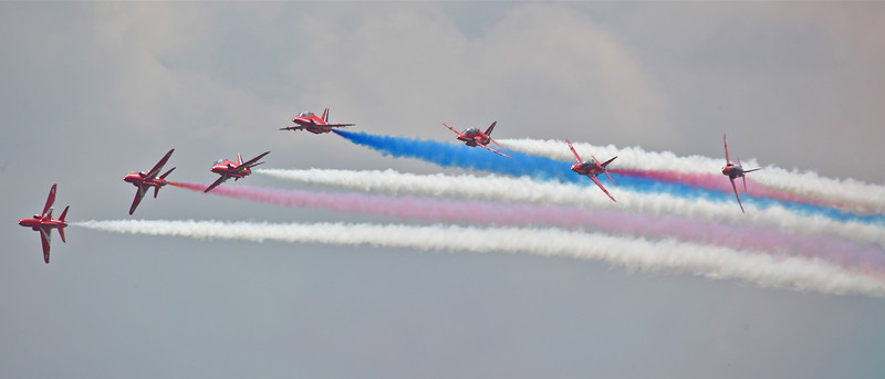 The Red Arrows (Waddington Airshow 2011)