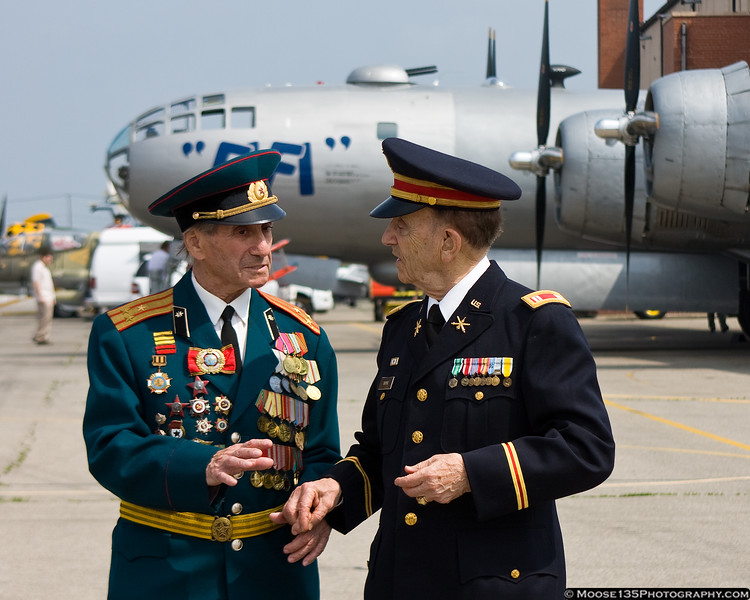 Two frequent visitors to the museum - retired Soviet Colonel Vladimir Edelman and retired US Army Captain Jack Hayne, were once Cold War adversaries.