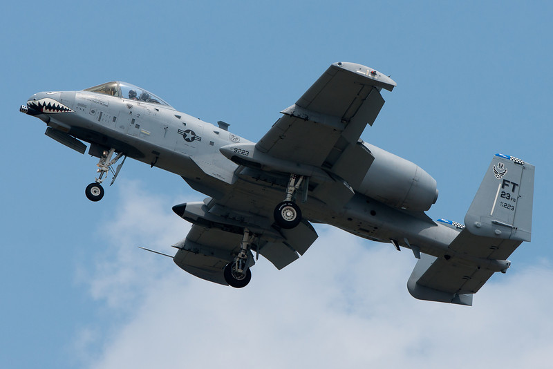 The A-10 flies low by the crowd for a photo pass.