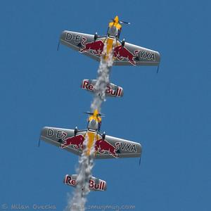 SBach 300, The Red Bull Matadors, Steve Jones and Paul Bonhomme, The Jubilee Air Show, Duxford.