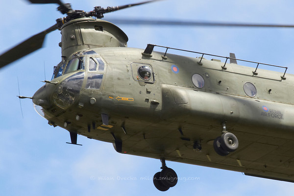 Boeing Chinook HC2, Nos 18 and 27 Squadrons, RAF Odiham