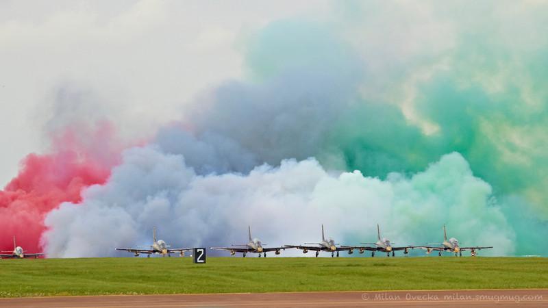 Aeromacchi MB339NAT, Al Fursan, United Arab Emirates Air Force Aerobatic Team