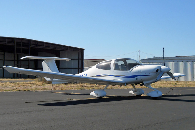 Diamond DA-40 Diamond Star [2006] N704PA<br /> Casparis Airport, Alpine, Texas - October 2013<br /> <br /> The Diamond Star is the four-seat version of the Eclipse. The two extra seats certainly didn't change the look of it much. e