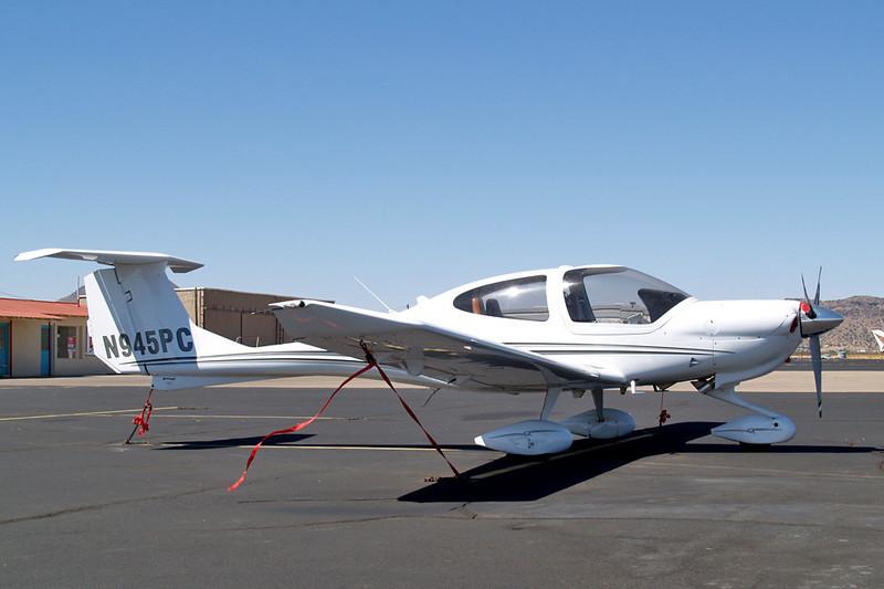 Diamond DA-40 Diamond Star XLS [2008] N945PC<br /> Casparis Airport, Alpine, Texas - May 2011