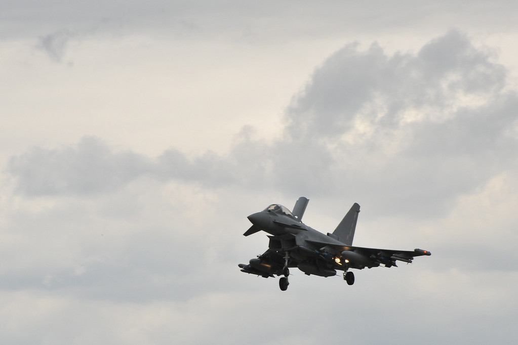 Eurofighter landing.