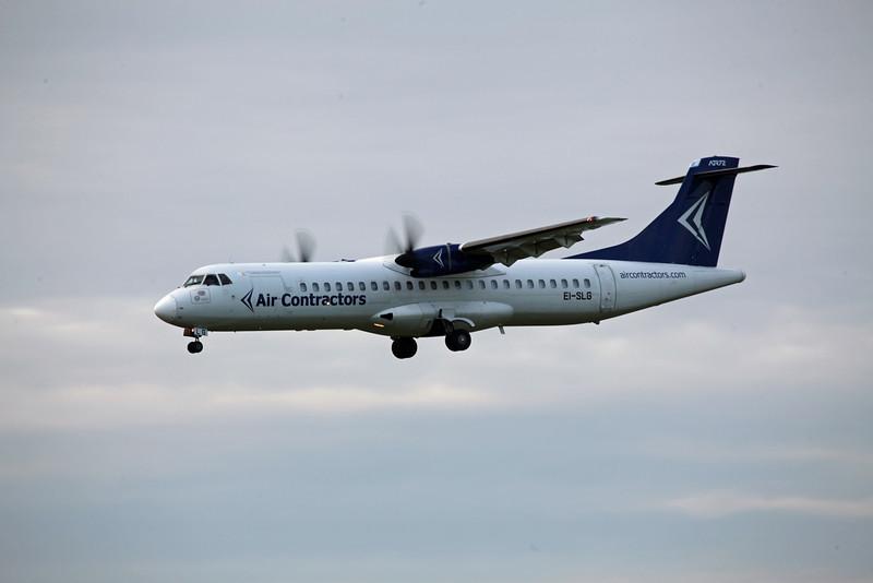EI-SLG ATR 72-202F (MAN) Air Contractors