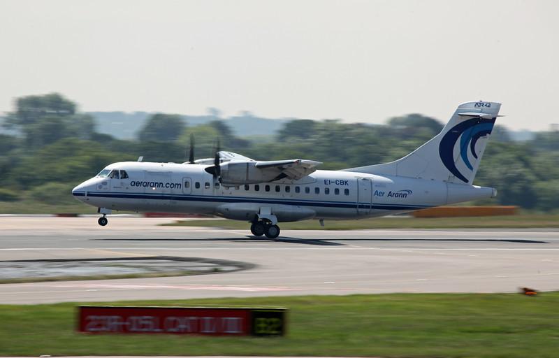 EI-CBK ATR42-300 (MAN) Aer Arann