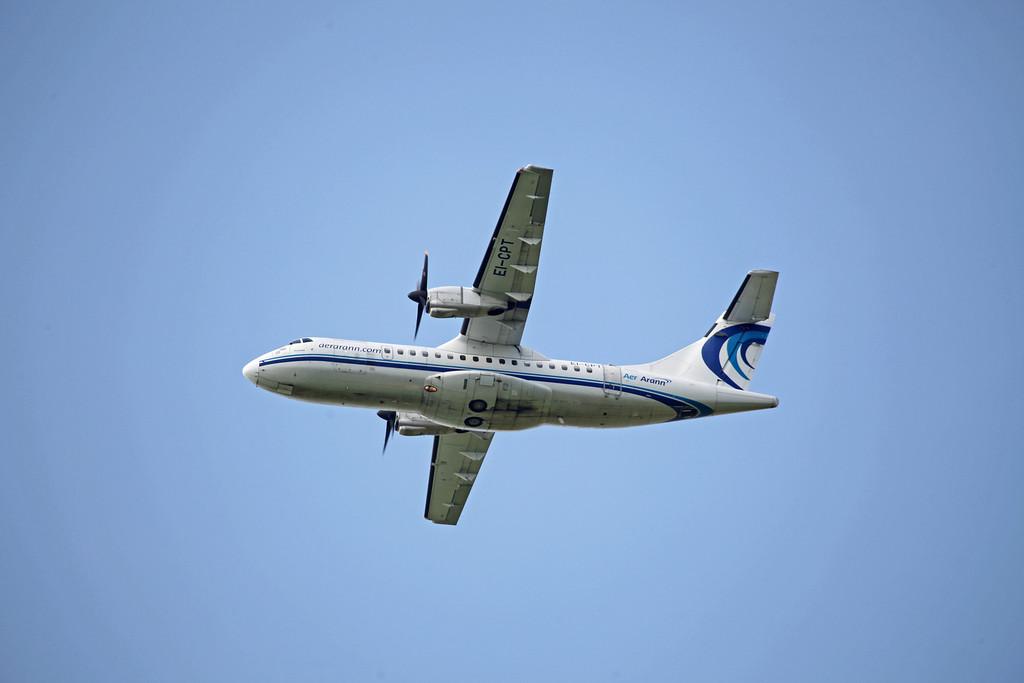 EI-CPT ATR-42-320 (Manchester Airport) Aer Arann