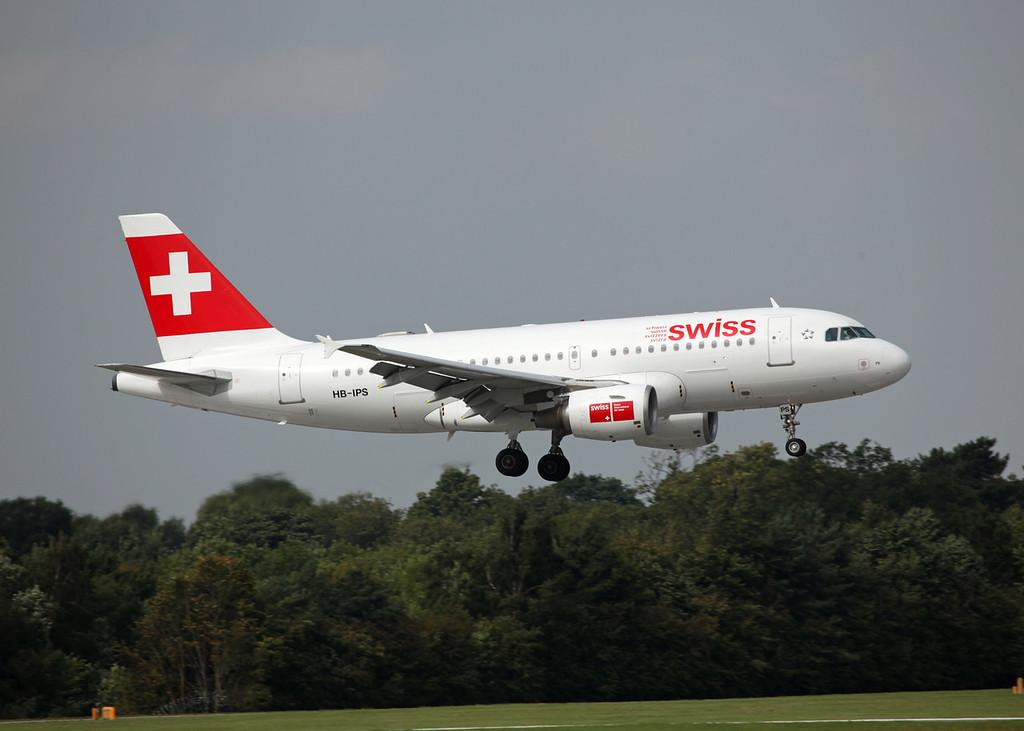 HB-IPS A319-100 (MAN) Swiss International Air Lines 2