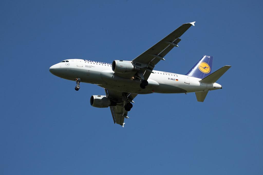 D-AILE A319-114 (MAN) Luthansa
