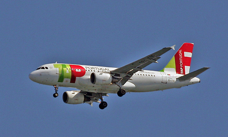 CS-TTE Airbus A-319-111 (Over Lisbon) TAP Air Portugal