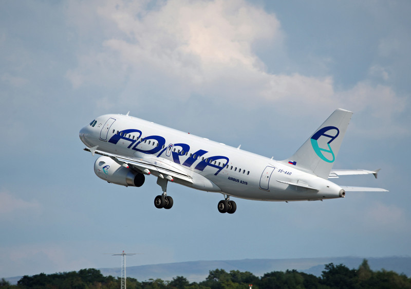 S5-AAR A319-132 (MAN) Adria Airways 7