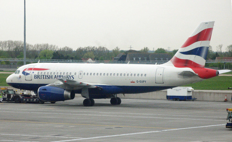 G-EUPY AIRBUS A319-131 (LHR) British Airways