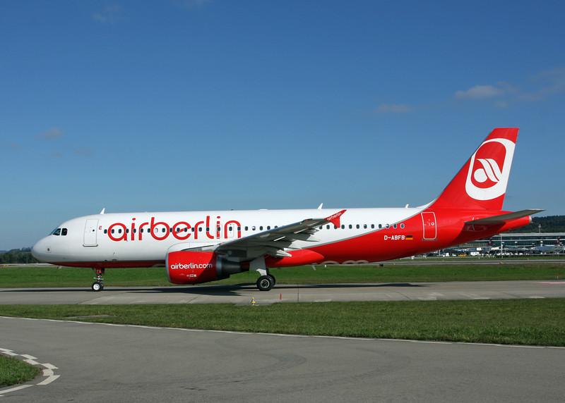 D-ABKT Airbus A320-214 (Zurich) Air Berlin