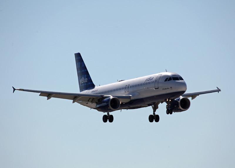 N599JB A320-232 (SRQ) Jet Blue 2