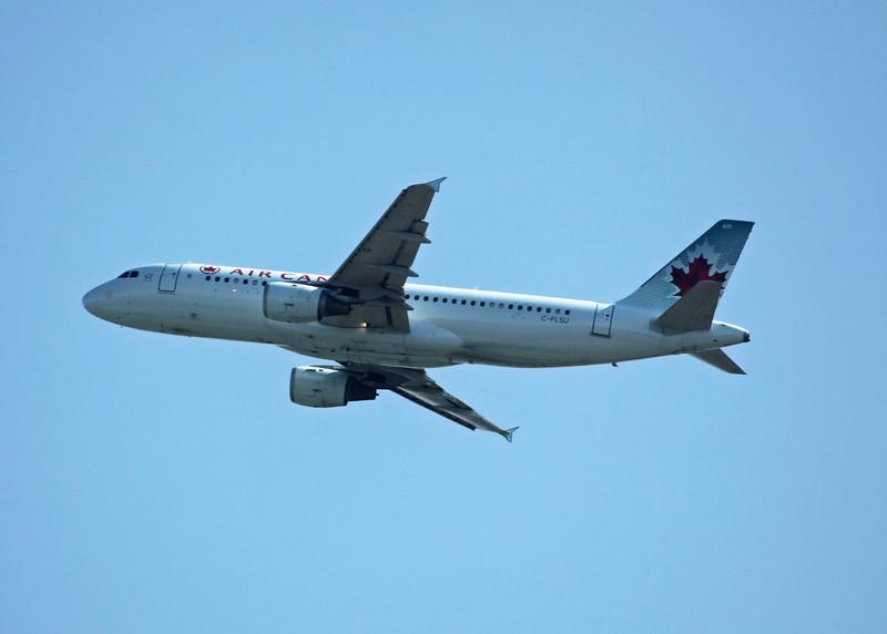 C-FLSU Airbus A320-211 (in flight over Vancouver) Air Canada