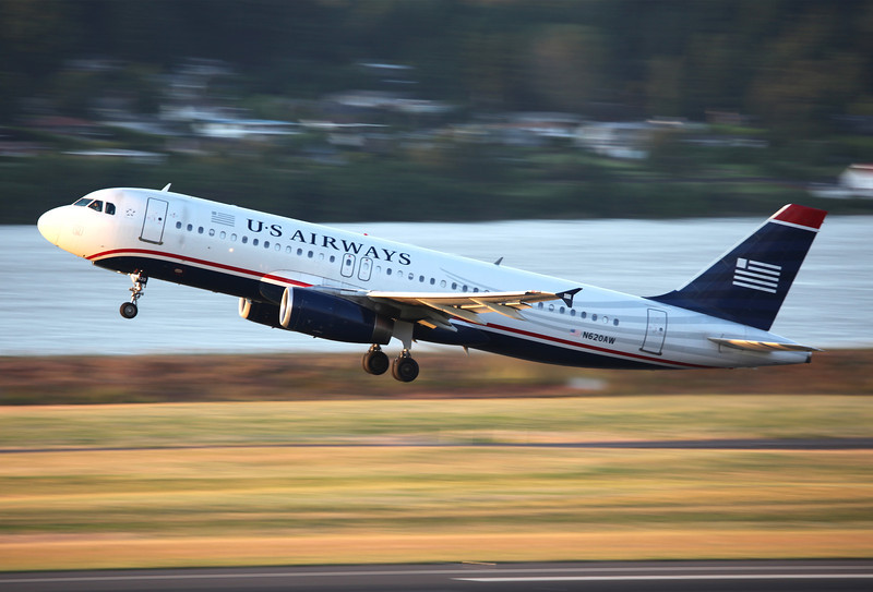 N620AW Airbus A320-231 (Portland International Airport, Oregon) US Airways