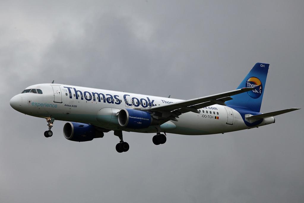 OO-TCH A320-200 (MAN) Thomas Cook