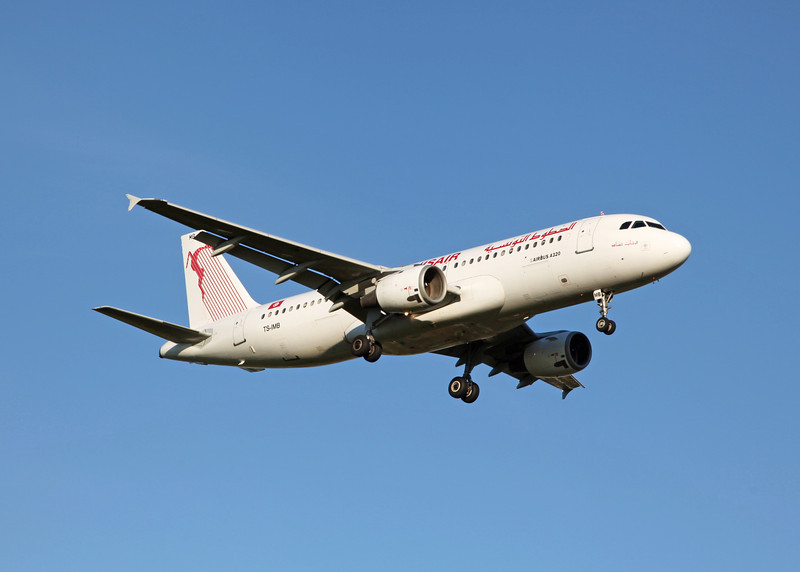 TS-IMB Airbus A320-211 (Manchester) TunisAir